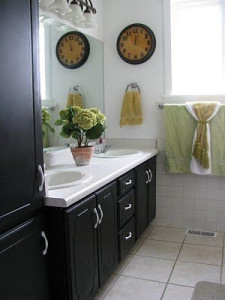 bathroomfix 225x300 Quick, Cheap Fixes For Worn Halifax Kitchens And Bathrooms