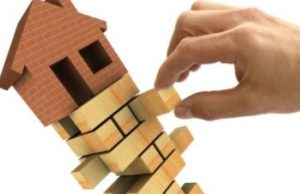 housingmarketcollapse1 1 300x194 Making Your Halifax Home Competitive In The Housing Market