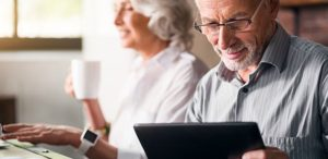 10 Tips For Seniors About Online And Phone Business Transactions