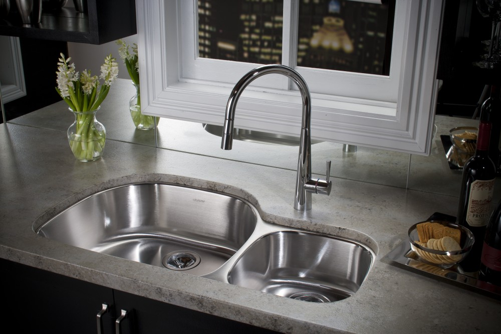 no dishes in sink Six Tips for Bug Proofing Your Home